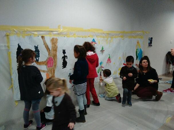 Enfants fresque